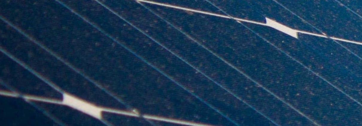 Solceller miljövänligt hus